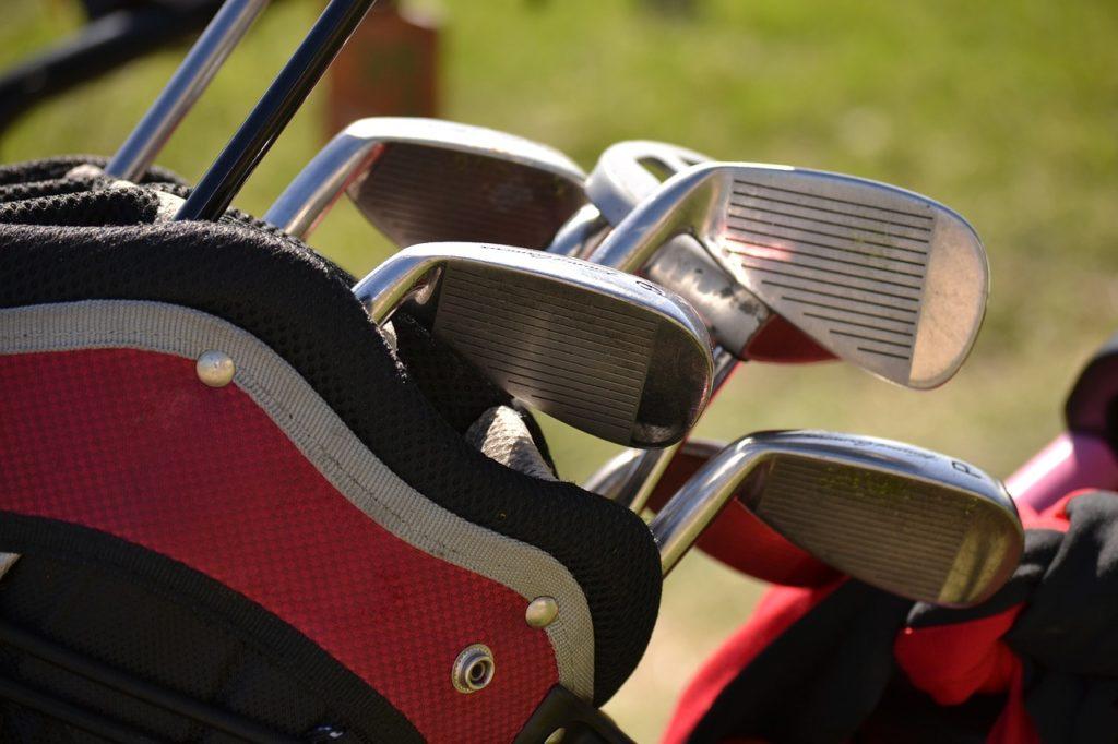 ゴルフバッグの写真